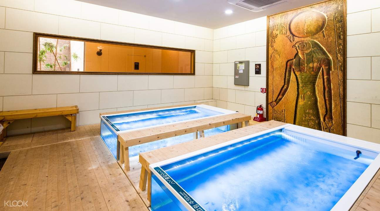 sauna pools inside ocean world